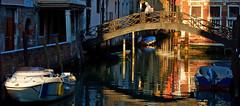 In the evening light (pe_ha45) Tags: venice venise venezia venedig canal kanal bridge brücke eveninglight abendlicht motorboot reflection spiegelung