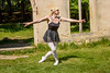 Painshill Pointe Pictures-16 (sburke1963) Tags: ballet balletpose balletposes dance dancer dancepose danceposes donna donnaburke model modelpose modelposes actress singer ruins ballettights bloche pointe pointeshoes pointepose pointeposes lovetodance dancing