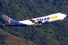 Atlas Air   Boeing 747-400F   N409MC   Hong Kong International (Dennis HKG) Tags: atlas atlasair gti 5y aircraft airplane airport plane planespotting cargo freighter canon 7d 100400 hongkong cheklapkok vhhh hkg boeing 747 747400 boeing747 boeing747400 747400f boeing747400f n409mc