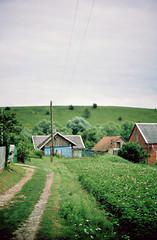 auf dem Dorf (Vinzent M) Tags: zniv ukraine lviv lemberg lwow львів україна village fujica ax5 porst cr7 fujinon 16