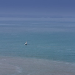 yacht in the sea (Lonnie1963) Tags: aberystwyth sea beach view landscape constitution hill weather yachet boat