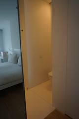 2018-04-FL-183563 (acme london) Tags: barcelona bathroom fira hotel hotelroomcorridor interior jeannouvel mirrordoor renaissancehotelfira room spain toilet