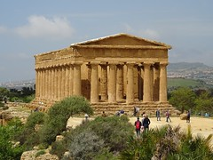 Temple of Concordia (stillunusual) Tags: sicily italy agrigento valleyofthetemples valledeitempli vaddidilitempri agrigentum akragas history historicalplaces sky templeofconcordia temple greektemple dorictemple pillar building architecture holiday vacation travel travelphotography travelphoto travelphotograph 2018