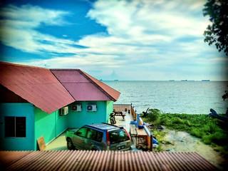Sungai Baru Ilir, Malacca https://goo.gl/maps/uA8P8JgqgRr  #travel #holiday #Asian #Malaysia #Malacca #travelMalaysia #holidayMalaysia #旅行 #度假 #亚洲 #马来西亚 #马六甲 #melaka #trip #traveling #beach #海滩 #pantai #bluesky #outdoor #kampung  #蓝天 #countryside #resort