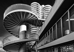 one more try (werner boehm *) Tags: wernerboehm bmw architecture monochrome einfarbig