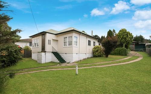 4 Bradley St, Cooma NSW 2630