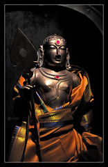 'தந்தை பரமனுக்கு சிவகுருநாதன்..' - EXPLORED (Ramalakshmi Rajan) Tags: temples temple lordmuruga idol brassidol idols worship srilanka jinthupitiya colombo