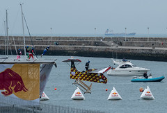 Flugtag 2018 (Jenny dot com) Tags: flugtag2018 dunlaoire ireland redbull aircraft pier water competition flying crashing boats people