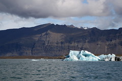 20170819-105904LC (Luc Coekaerts from Tessenderlo) Tags: austurland iceland isl jökulsárlón glacier gletsjer glacierlake gletsjermeer icefloe ijsschots iceberg ijsberg splitdef191029jokulsarlon public nobody landscape waterscape cc0 creativecommons 20170819105904lc coeluc vak201708iceland