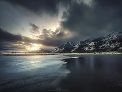 Southern Edge - Grand Tetons (wesome) Tags: adamattoun grandtetons sunset winter