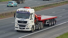 W40 OLD (panmanstan) Tags: man tgx wagon truck lorry commercial flatbed freight transport vehicle a1m fairburn yorkshire