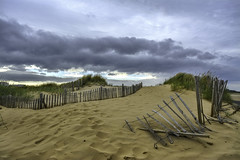Time caught up (- A N D R E W -) Tags: sand dune beach dunes color colorful nature natural grass playa arena time spring primavera sun clouds old fence viejo withered path sky cielo