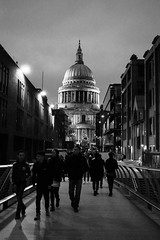 St. Paul's Cathedral (B&W) (Hachimaki123) Tags: london londres uk stpaulscathedral blackwhite blanconegro