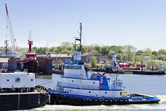 r_180509182_beat0037_a (Mitch Waxman) Tags: killvankull newyorkcity newyorkharbor tugboat newyork