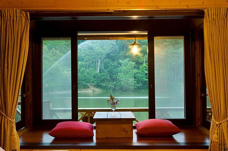 湖畔浪漫窗景[2538]