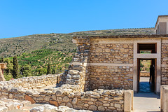 Knossos Palace Ruins (PhredKH) Tags: 2470mm abandoned ancientruins building canoneos5dmkiii canonphotography crete ef2470mmf4lisusm fredknoxhooke fredkh greece greekisland islandofcrete knossos knossospalaceruins photosbyphredkh phredkh splendid travelphotography traveltocrete traveltogreece