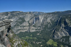Yosemite Valley from Glacier Point Lookout I (Christopher Wallace) Tags: glacierpoint yosemitevalley yosemitefalls yosemite valley falls yosemitenationalpark nationalparkservice parkservice nationalpark nationalparks park parks mariposacalifornia mariposacounty mariposa california cali ca us usa unitedstates american wildamerica wild wilderness summer travel outdoors greatoutdoors getoutside mountainside mountains mountain granite rocks rocky rock waterfall landscape trees woods forest wald nature naturla beauty sky blue green grey gray nikon nikondigital nikond500 d500 digital 18200mm 18200