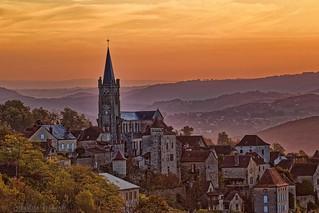 Village of Faycelles at sunrise, France - Village de Faycelles au lever du soleil, 46100