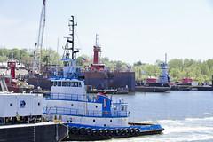 r_180509185_beat0037_a (Mitch Waxman) Tags: killvankull newyorkcity newyorkharbor tugboat newyork