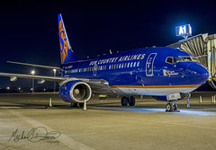 Sun Country Airlines Boeing 737-7Q8 (N713SY) (Michael Davis Photography) Tags: kbna bna nashville nashvilletennessee sy suncountry suncountryairlines boeing boeing737 b737 n713sy aviation photography flight jet airplane airliner jetliner arrival ramp gate charter lakesuperior