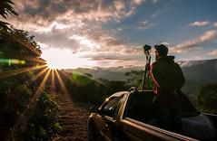 Sunset (vlamiralvesbastos) Tags: naureza nature natureza naturaleza landscape sunset pordosol sol conceiçaodaspedras mountains montanha vlamiralvesbastos people