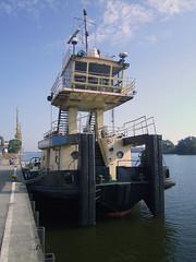 Nosorozec-S-04 (Parchimer) Tags: schubboot pushboat towboat pousseur pchacz duwboot spintore empurradorfluvial binnenschiff tolómotorhajó pushertug szczecin stettin oder odra