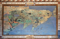 L'Asie dans la salle de la Mappemonde (Palais Farnese, Caprarola, Italie) (dalbera) Tags: dalbera escalier caprarola italie palaisfarnese vignola peinturesmurales maniérisme carte asie