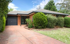 8 De Castella Close, Mill Park VIC