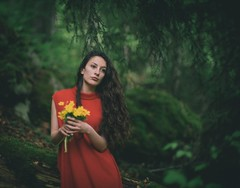 Deep in the woods (Pavel Valchev) Tags: rokkor mc 58mm 12 wideopen wood woman a7ii ilce adapted lens manual flowers
