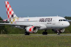 Volotea / A319 / EC-MTM / LFRS 21 (_Wouter Cooremans) Tags: nte nantes spotting spotter avgeek aviation airplanespotting lfrs volotea a319 ecmtm 21