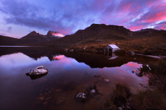 Cradle Mountain Sunset (stevoarnold) Tags: cradlemountain tasmania australia sunset sky pink purple mountain peace lake dove