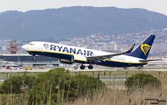 EI-FOL Ryanair despegando en Barcelona (Dawlad Ast) Tags: aeropuerto internacional barcelona lebl el prat international airport cataluña catalunya españa spain marzo march 2018 avion plane airplane despegue takeoff take off boeing 7378as eifol ryanair sn 61580 b737 b738 737800 737