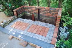 Kompost 05 (z.radosavljevic) Tags: compost garden brick