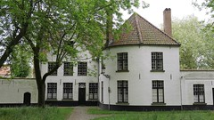 Béguinage (Julien Maury) Tags: belgique bruges 2018 béguinage