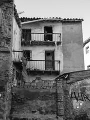 Huesca B-N (tonygimenez) Tags: edificios ventanas puertas bn ruinas