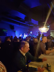 Winnipeg Bar 2 (Bracus Triticum) Tags: winnipeg bar people ウィニペグ マニトバ州 manitoba canada カナダ 12月 december winter 2017 平成29年 じゅうにがつ 十二月 jūnigatsu 師走 shiwasu priestsrun