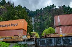 Multnomah falls between the train cars (sandy bohlken) Tags: 2018 columbiagorge train oregon waterfall multnomahfalls april