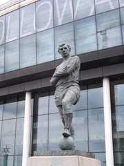 Bobby Moore Statue (lcfcian1) Tags: tottenham hotspur leicester city thfc lcfc wembley stadium spurs london stadia ground epl bpl footy football england sport uk premier league last day tottenhamhotspur leicestercity tottenhamvleicester bobbymoore