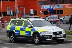 BCH Firearms Unit - OU64 BTF (999 Response) Tags: bch firearms unit ou64btf hertfordshire police volvo bedfordshire lutonairport luton 41