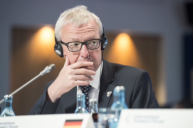 Guido Beermann listening to the debate at the Closed Ministerial