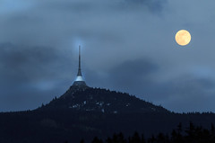 IMG_1540  Untitled (jaro-es) Tags: canon czechrep eos70d vollmond fullmoon lunallena