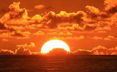 Seychelles sunset (vic_206) Tags: sunset sun seychelles mar sea