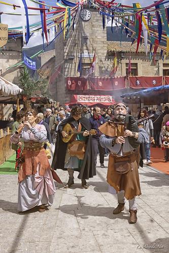"XVII Mercado Medieval de La Adrada • <a style=""font-size:0.8em;"" href=""http://www.flickr.com/photos/133275046@N07/40966814615/"" target=""_blank"">View on Flickr</a>"