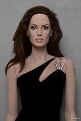 Angelina Jolie new life-size sculpture / mannequin (Terry Minella) Tags: maniqui mannequin movie hollywood doll damenfigur diva display schaufensterpuppe schaufensterfigur sculpture statue sexy screen cinema celebrity figur famous échelle11 scale 11 rootstein angelinajolie angelina actress actrice lifelike