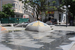 Fountain on Pedestrian Street (TheBeardedTraveler) Tags: bulgaria burgas theseagardens seagardensbulgaria blacksea