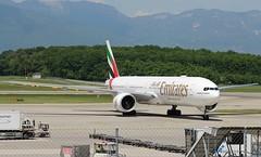 Emirates. A6-EQJ. Boeing 777-31H(ER). (Themarcogoon49) Tags: emirates boeing b777 aircraft gva lsgg cointrin airport avgeek planespotting switzerland aviation