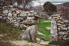 WoodHenge (118/365) (Walimai.photo) Tags: door entry puerta wood madera stone piedra texture textura castelobom portugal nikon d7000 nikkor 35mm detail detalle architecture arquitectura
