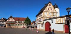 Groß-Ostheim Marktplatz (wernerfunk) Tags: fachwerk