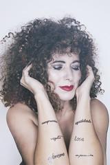 (Rafi Moreno) Tags: rafi canon optimismo love superación hipster pale vintage retro autorretrato retrato selfportrait portrait curly igualdad compromiso respeto
