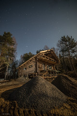 änkälä (sami kuosmanen) Tags: taivas tree travel tuulos tähti tie road suomi sky nature north night yö finland forest full metsä maisema moon tumma trees photography puu pitkä luonto light landscape long europe exposure expression emotion eerie valo valotus talo house holiday holy home log big diy eetu puurtinen lightpainting beautiful iso hirsi kaunis architecture nordic pohjoismainen scandinavian arctic art creative clasic klassikko arkkitehtuuri käsityö handmade best most
